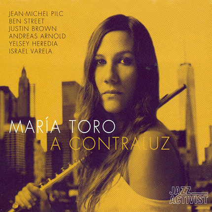 portada A Contraluz María Toro